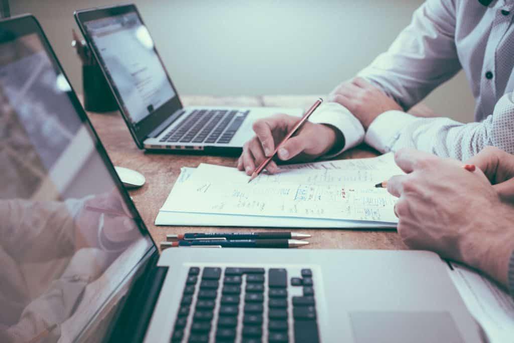 Pourquoi créer un site internet pour son entreprise - Calaweb